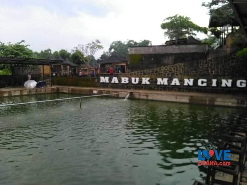 Bisnis Kolam Pemancingan dan Rumah Makan