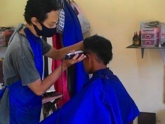 gigin potong rambut